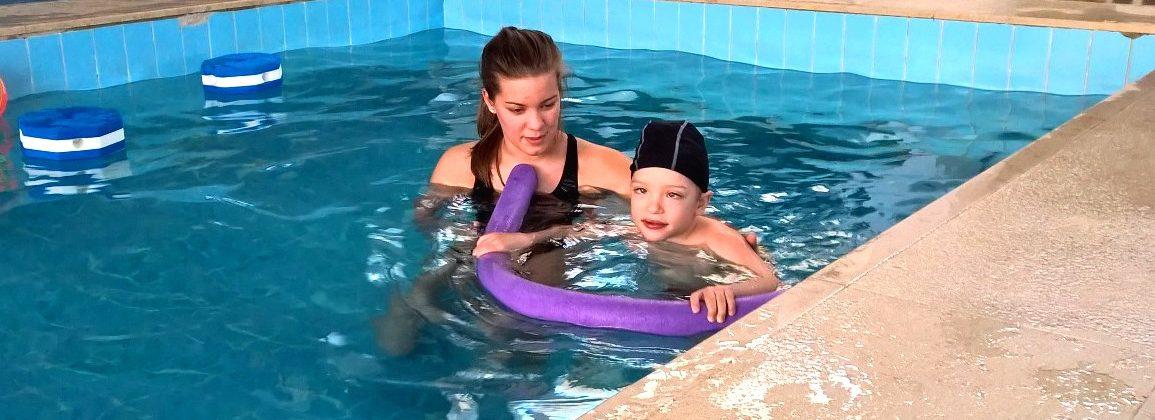 úszni tanulás